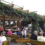 Die Terrasse der Weinstube