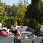 Gemütliche Auszeit auf der Terrasse auf dem