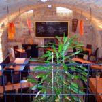 Gewölbekeller im Weinlokal, Restaurant Das Barrique-Gewölbe in Sankt Martin in der Pfalz