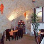 """Weinlokal, Restaurant """"Das Barrique-Gewölbe"""" in St. Martin"""
