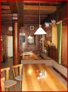 Mittwochs Dampfnudeln + rostige Ritter mit Vanillesoße im Cramerhaus