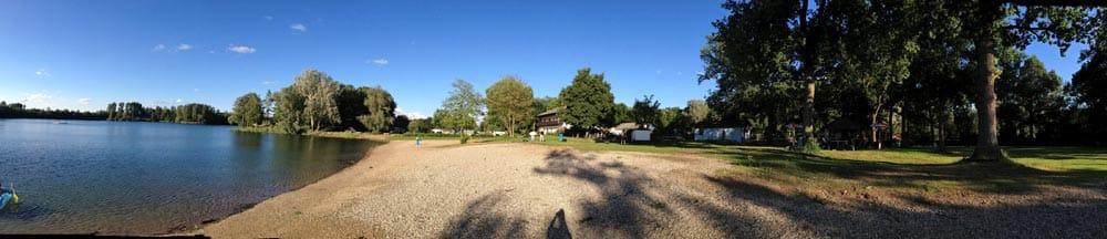 Der schöne Badestrand am Lingenfelder See