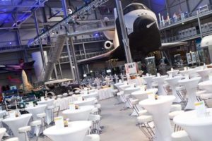 """Hangar 10"": Restaurant, Biergarten, Eventhalle am ""TECHNIK MUSEUM SPEYER"""