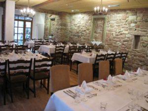 """Gasthaus, Restaurant """"Zum Logel"""" in Hainfeld in der Pfalz - Der Gastraum"""