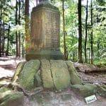 Heldendenkmal bei Edenkoben in der Pfalz
