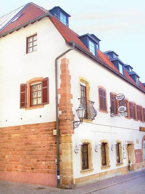 """Gaststätte """"Pub"""" in Bad Bergzabern in der Pfalz"""