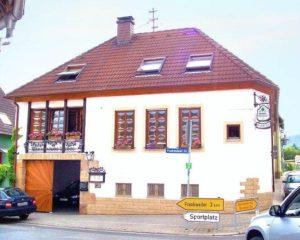 """Winzerstube """"Weinstube Übel"""" in Böchingen in der Pfalz"""