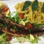 Frischer Fisch und Meeresfrüchte im