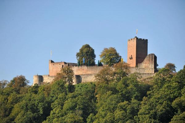 Burgschänke in der Burg Landeck in Klingenmünster