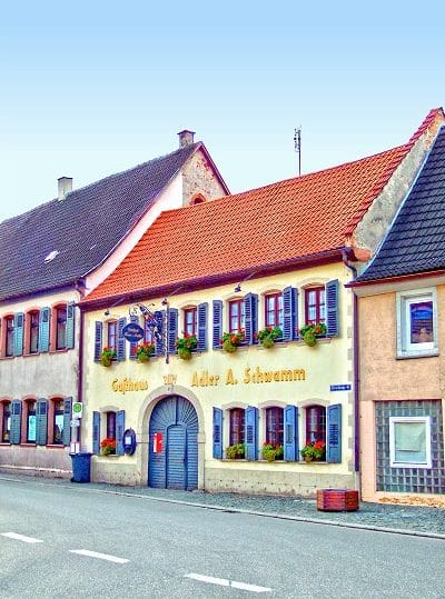 """Gasthof, Gasthaus """"Zum Adler"""" in Klingenmünster in der Pfalz"""