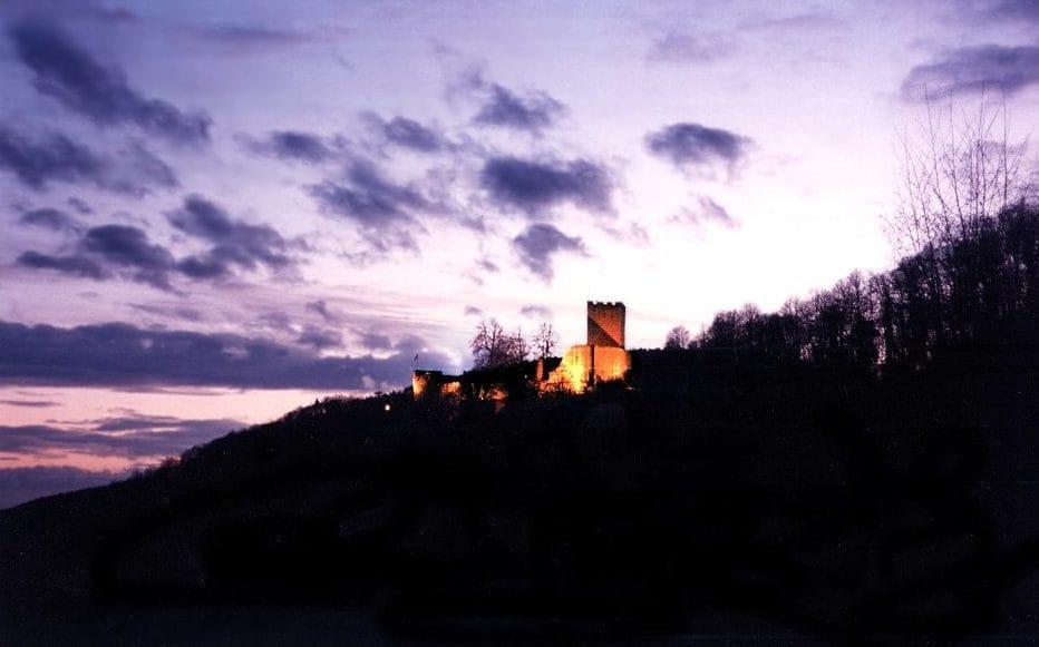 Die Burgruine Landeck über Klingenmünster - Pfalz