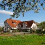 Castell - Das Hotel - Restaurant für Wanderer und Feinschmecker mit herrlicher Terrasse in Leinsweiler in der Pfalz