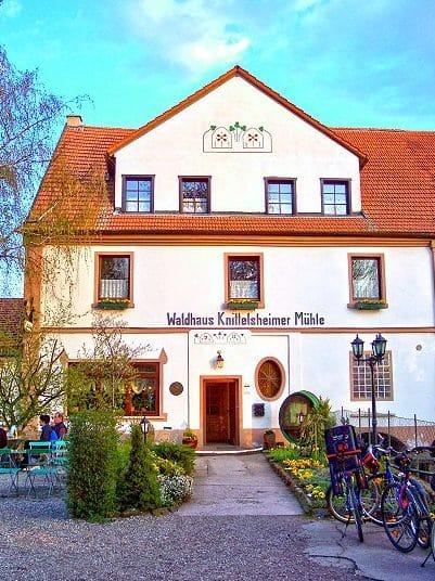 """Restaurant, Landhotel, Waldhaus """"Knittelsheimer Mühle"""" in Knittelsheim in der Pfalz"""