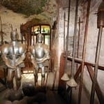 Die Waffenkammer auf Burg Berwartstein bei Erlenbach
