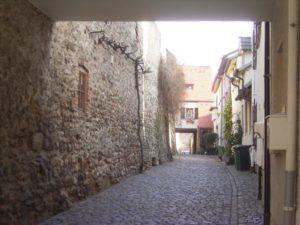 Ein Teil der mittelaterlichen Ringmauer in Freinsheim