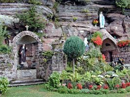 Die Lourdesgrotte in Eppenbrunn