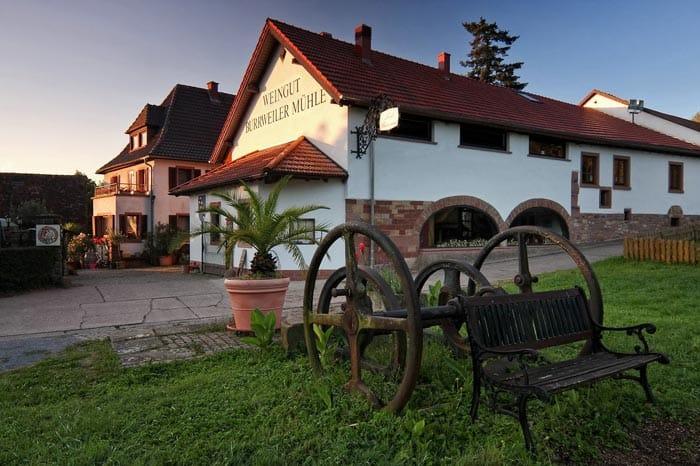 """""""Landrestaurant Burrweiler Mühle"""" in Burrweiler in der Pfalz"""