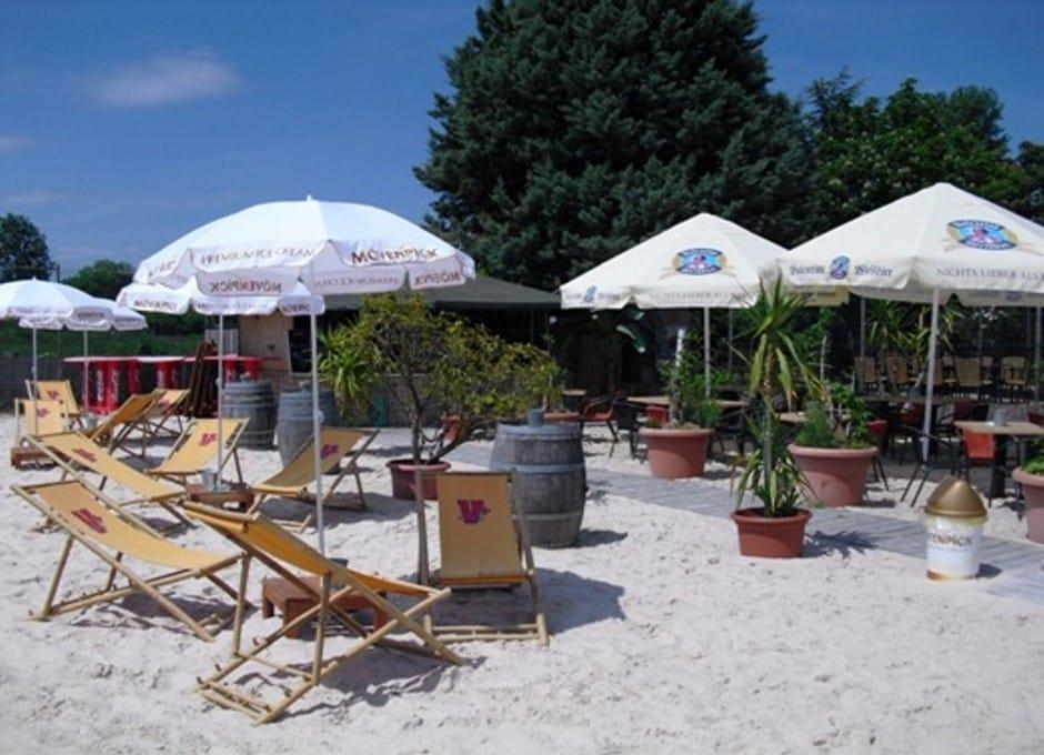 """Beachbar im """"Soccerpark Dirmstein"""" - Fußballgolf"""