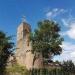 Die Wachtenburg über Wachenheim an der Weinstraße