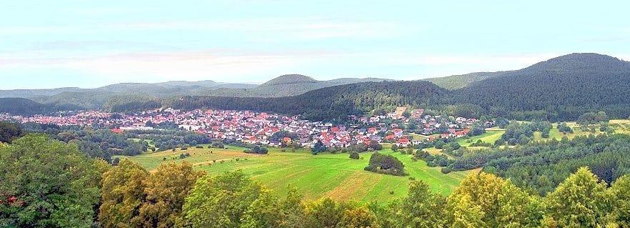 Dahn in der Pfalz - Blick von Burg Altdahn aus