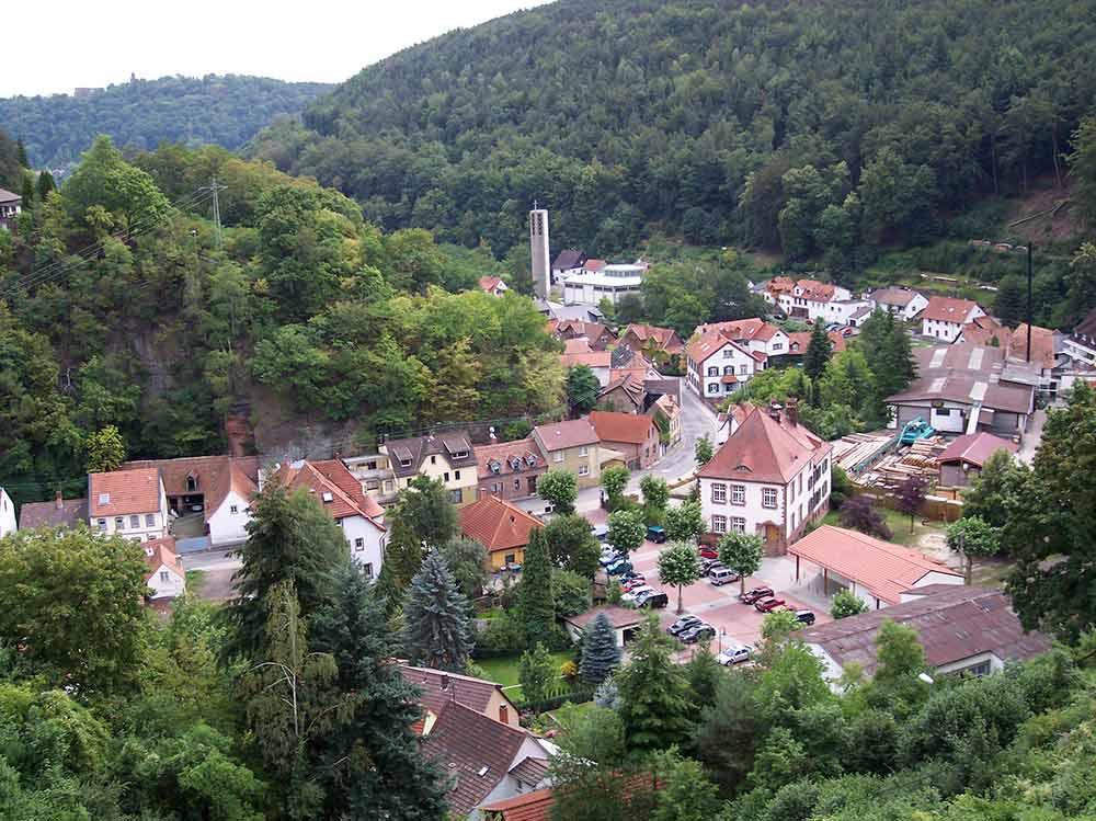 Burg-, Schloss- und Festungsruine Hardenburg in der Pfalz