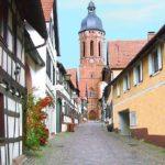 Kandel in der Pfalz (Turmgasse mit St. Georgsturm der evangelischer Kirche)