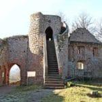 Burgruine Neuscharfeneck in der Pfalz