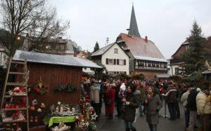 Märchenhafter Weihnachtsmarkt in Dörrenbach