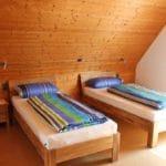 Doppelzimmer mit 2 Twin-Betten im Ferienhaus Marianne Zeiskam – Pfalz