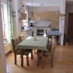 Ferienwohnung Graf: Küche mit Esstisch