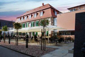 """""""Schlosshotel Bergzaberner Hof"""" mit Restaurant """"Walram"""" in Bad Bergzabern in der Pfalz"""