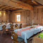 """Der urgemütliche Gastraum im Restaurant """"Landgasthof Pfalzblick"""" in Dannenfels"""