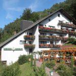 """Hotel, Restaurant """"Die kleine Blume"""" in Erfweiler in der Pfalz"""