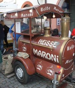 Maroni-Mann auf dem Annweiler Kastanienmarkt
