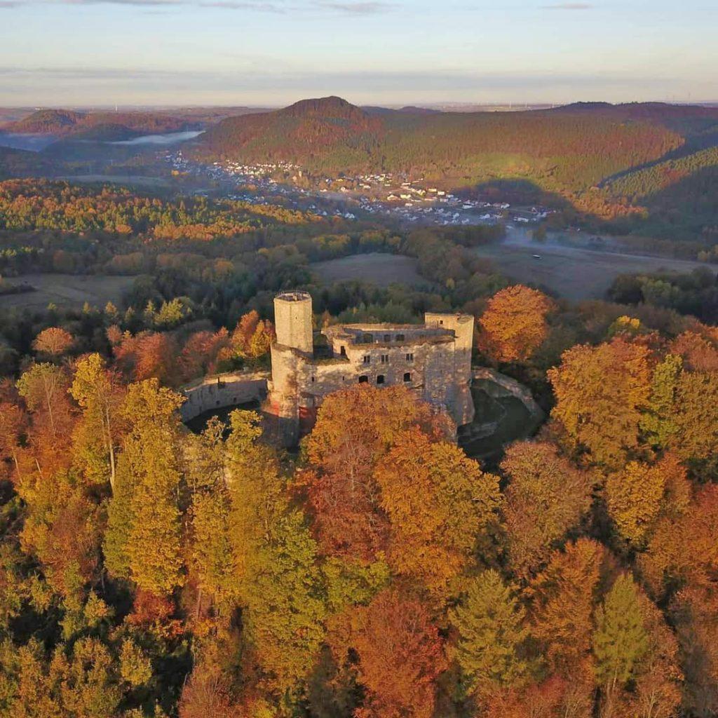 """Burgruine """"Gräfenstein"""" bei Merzalben in der Pfalz"""