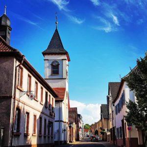Die evangelische Kirche in Ingenheim in der Pfalz