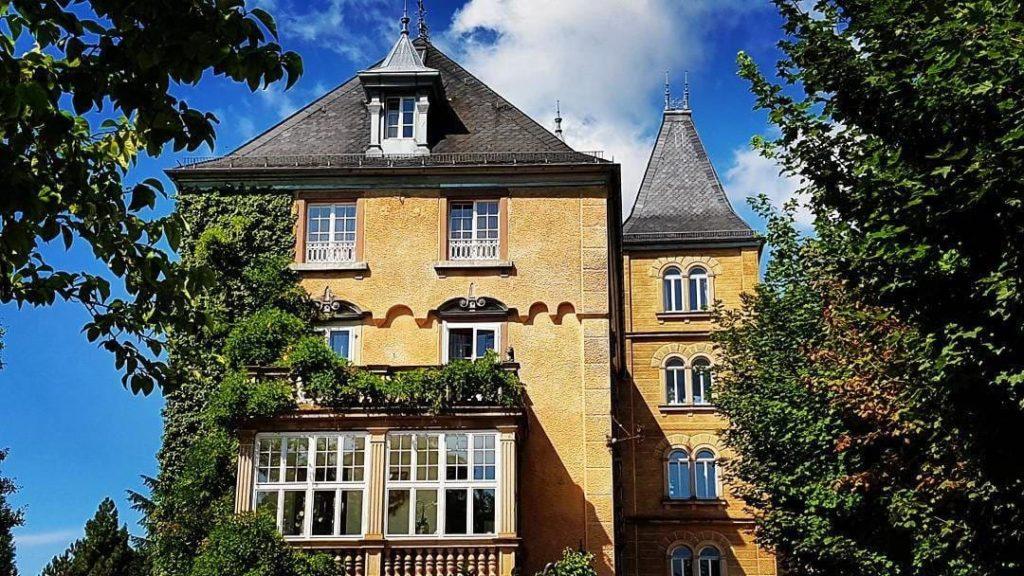 """Hotel, Restaurant """"Schloss Edesheim"""" in der Pfalz"""