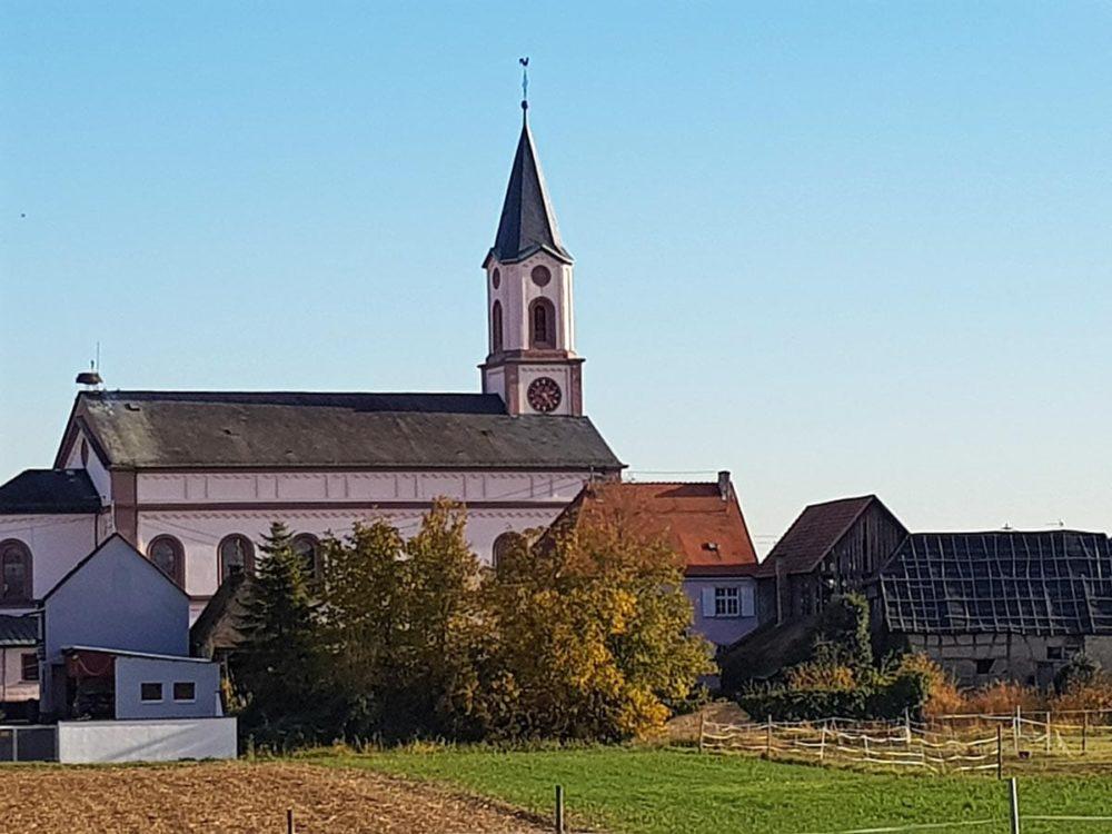 Katholische Pfarrkirche St. Bartholomäus in Neupotz in der Pfalz