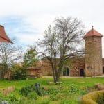 Burg Battenberg mit Hofgutterrasse