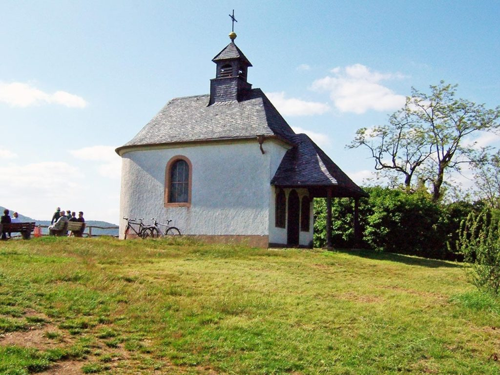 Die Kleine Kalmit zwischen Landau und Ilbesheim in der Pfalz