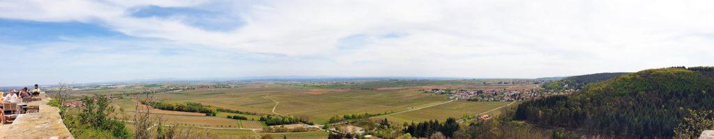 Panoramablick von Burg Battenberg