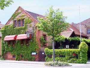 """Traditionsreiche Pfälzer Weinstube, Restaurant """"Raddegaggl Stubb'"""" in Landau in der Pfalz"""