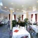 """Gastraum Restaurant """"Castell"""" in Leinsweiler"""