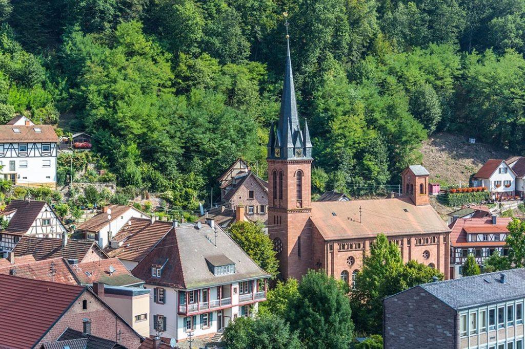 Die Protestantische Pfarrkirche in Elmstein in der Pfalz - Foto: Palatina Tourer