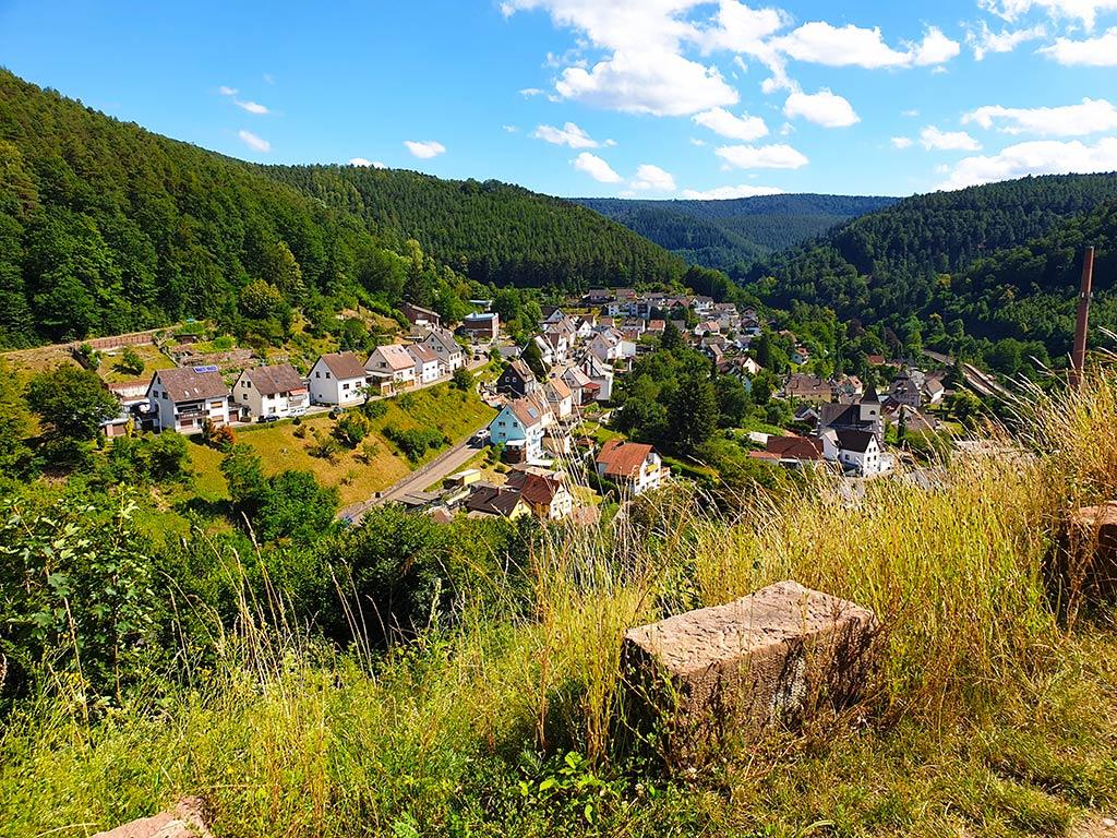 Neidenfels in der Pfalz